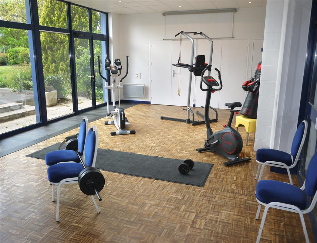 salle de sport hotel rennes avec salle de sport inter hotel les 3 marches. Black Bedroom Furniture Sets. Home Design Ideas